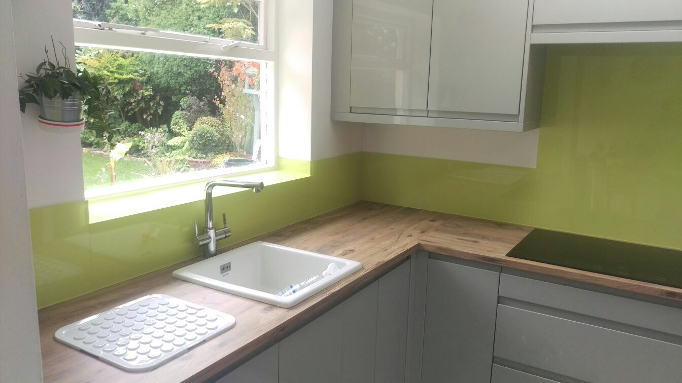 Image of: Supplied And Fitted Kitchen Bathroom Acrylic Splash Backs